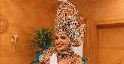 ¡IMPACTANTE! El hermoso traje alegórico de Lorena Rodríguez