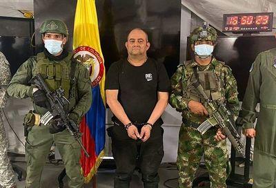 """Caída de """"Otoniel"""", el mayor golpe al narcotráfico desde Escobar, dice Duque"""